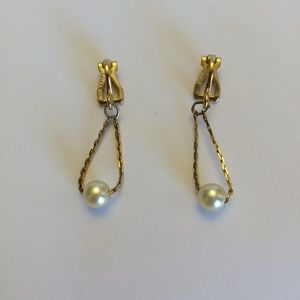 Vintage Gold tone & pearl Napier Earrings
